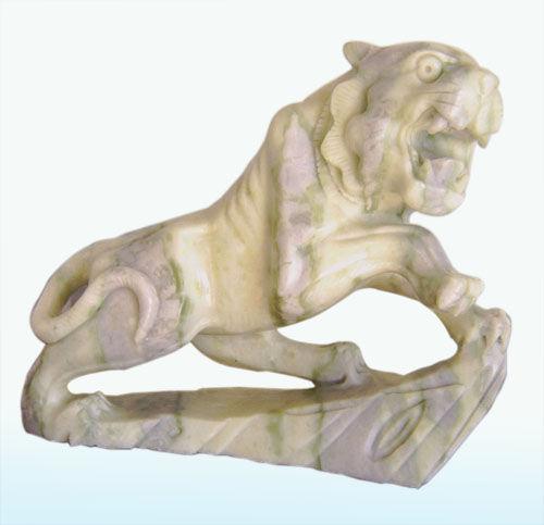 是蓝田玉最大的一件雕刻艺术品; 玉雕--陕西特产;; 玉雕老虎